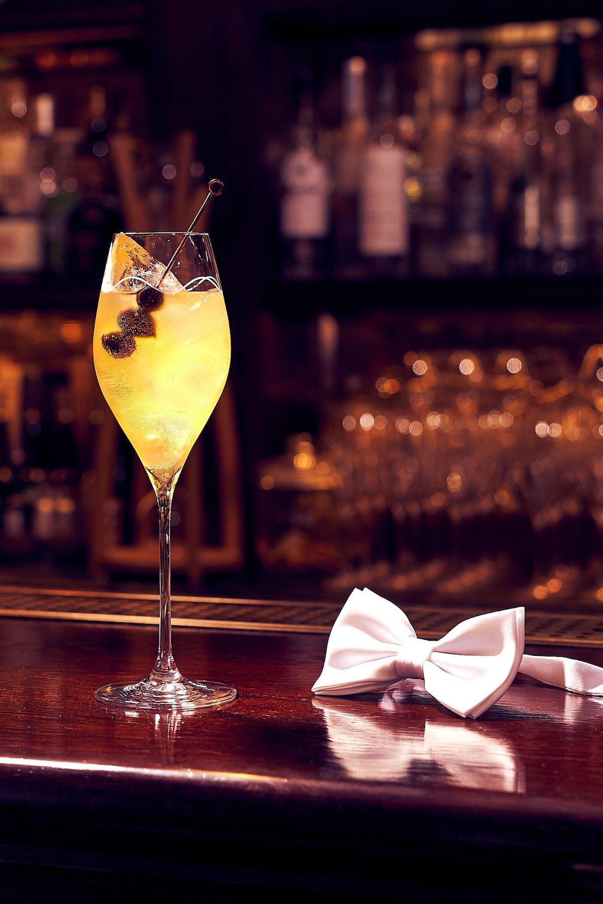 Cocktail Photo Classic Portrait
