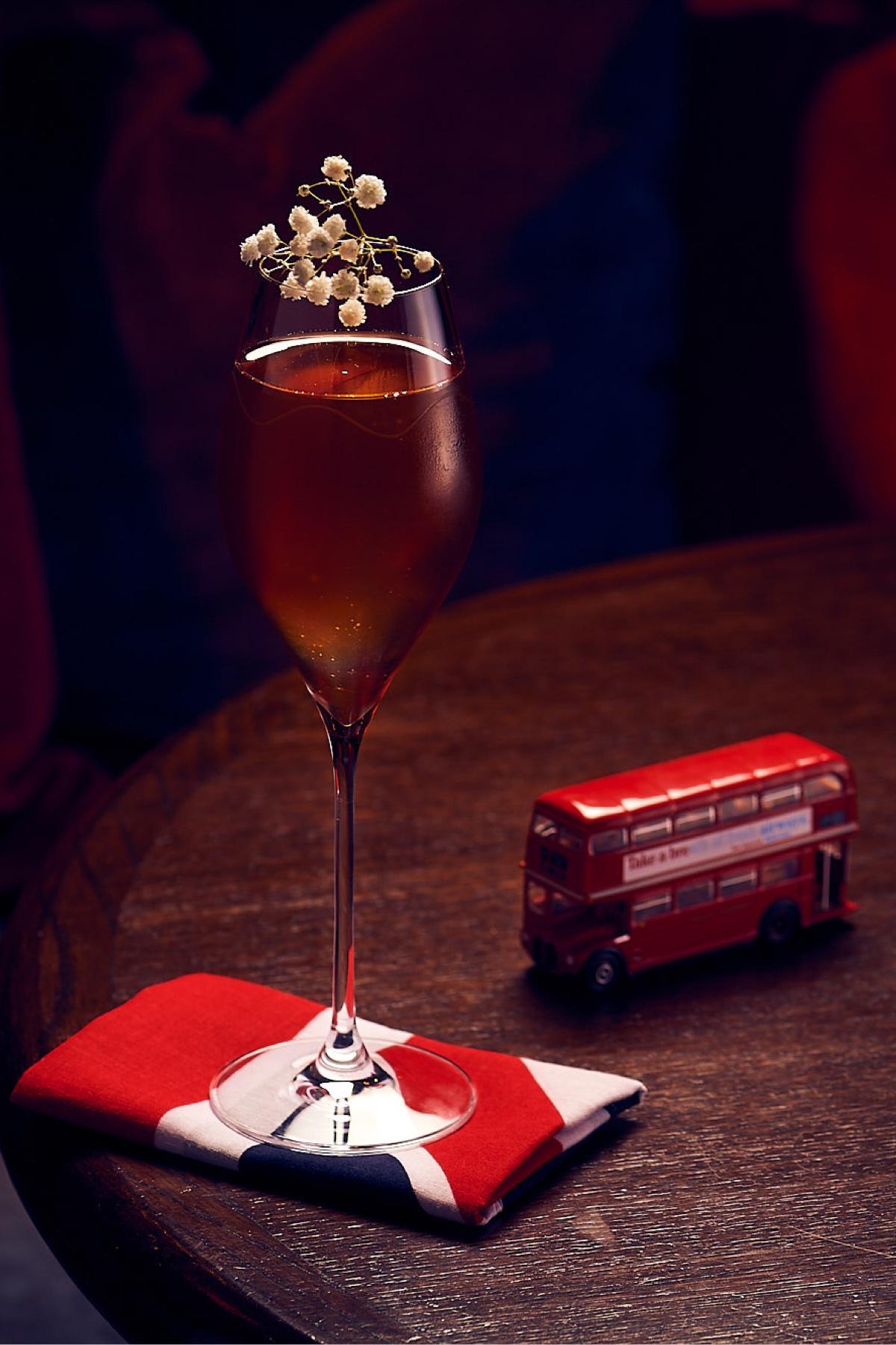 Cocktail Photo Pop Portrait